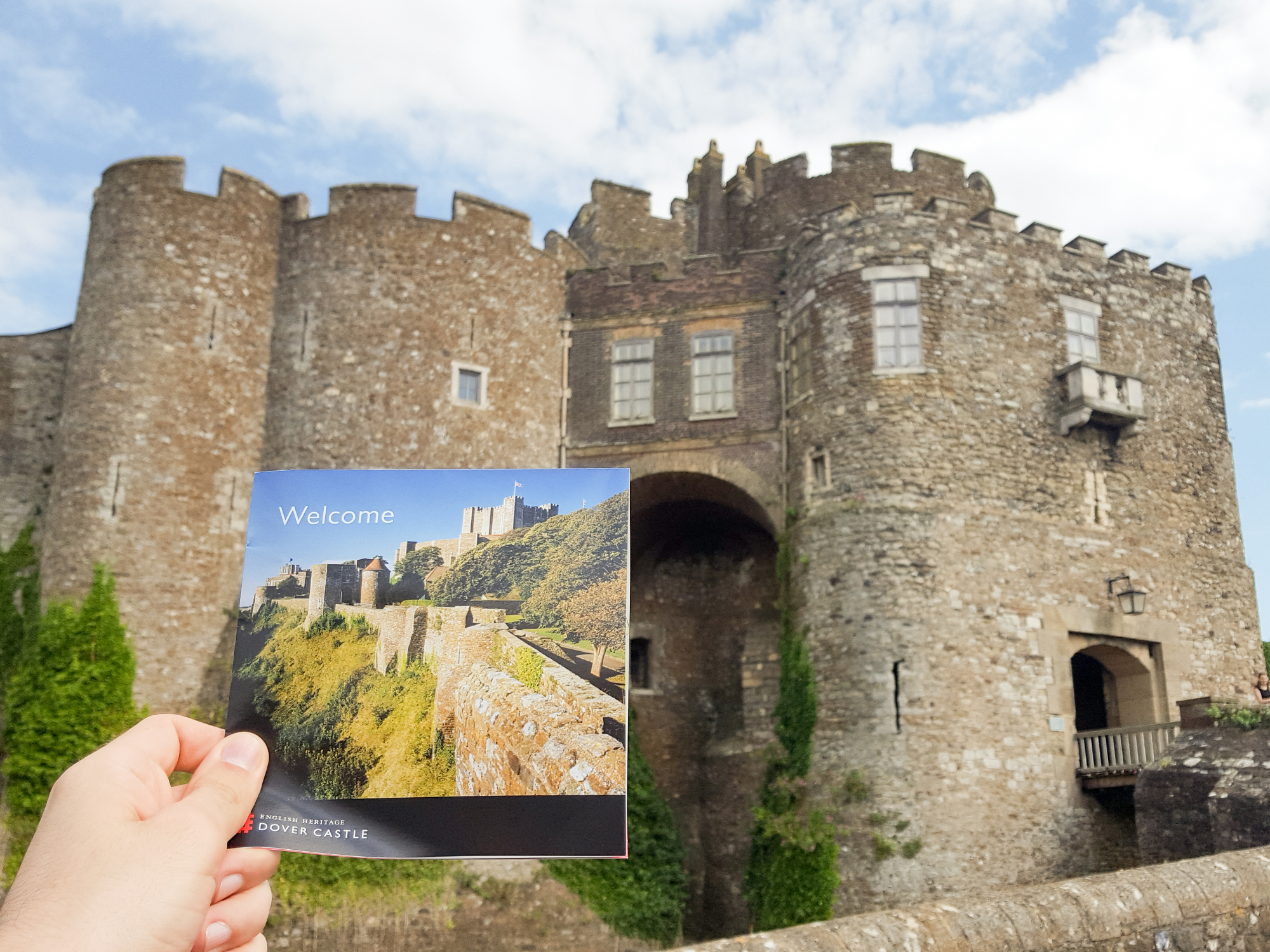 feed-the-couple-storms-dover-castle